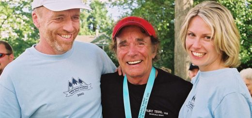 Enzo, Harvey, and Kelsy after Harvey's 5th Knee Knacker finish in 2005 at age of 71